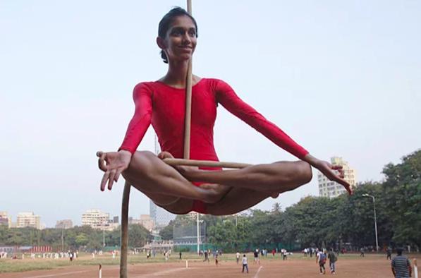 Маллакхамб: древнеиндийский уникальный вид спорта на шесте.