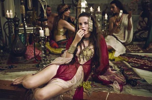 Как развлекались девушки в султанском серале…