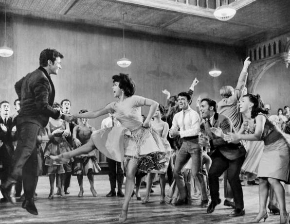 Screenshot 300 - Танцы-обжиманцы в Республике Советов: танец фокстрот, рок-н-рол и другие непристойности