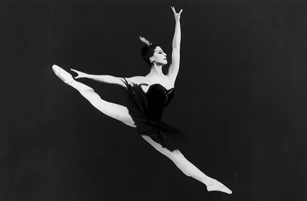 Майя Плисецкая: черный лебедь российского балета.