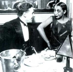 Screenshot 85 300x294 - Знакомьтесь, черная богиня бурлеска Жозефина Бейкер.