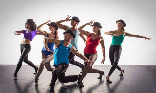Эстрадные танцы: виды и видео уроки