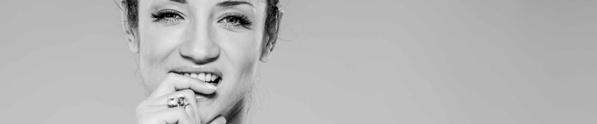 18428 1920x400 - Татьяна Денисова. Противоречивый образ: ветренная красавица или настоящий трудоголик