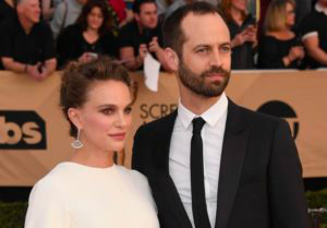 Natalie Portman Skipping Academy Awards 300x209 - Натали Портман и Бенджамин Мильпье: балет, соединяющий сердца