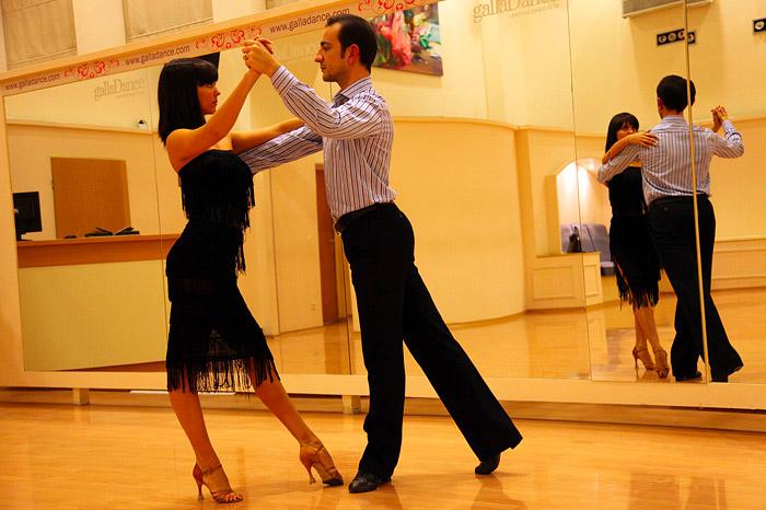 Как научиться танцевать,если нет ритма?