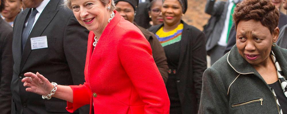 8p brit 1000x400 - Танцуют все! И даже политики...