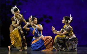 dance 940x589 300x188 - Красноречивая загадка индийского танца Катхак