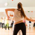 За красивой осанкой – в школу танцев!