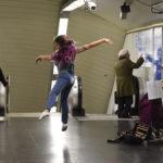 Реальные танцы в нашем метро: автор песни «Любимка» завел толпу